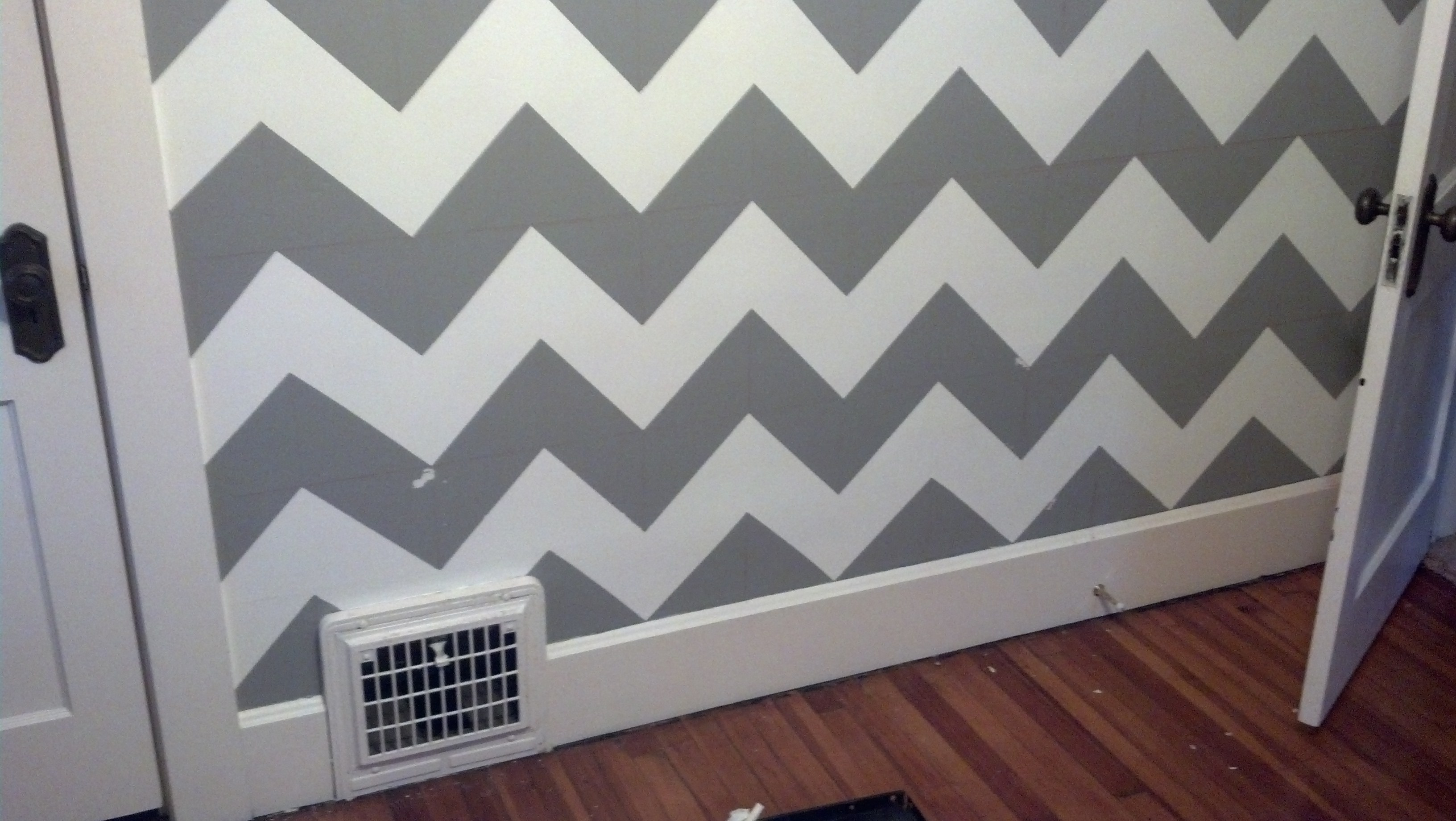 How To Paint Chevron Stripes On Wall